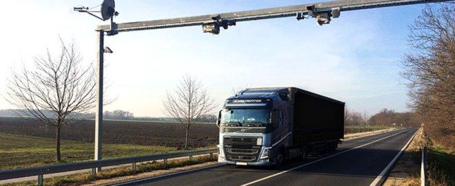 Foto: Kistler; Mit dem Messsystem von Kistler kann das Gewicht von Fahrzeugen während der Fahrt gemessen werden.
