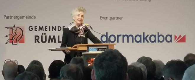 Foto: zVg; Generalversammlung von Flughafenregion Zürich: Regierungspräsidentin Carmen Walker Späh