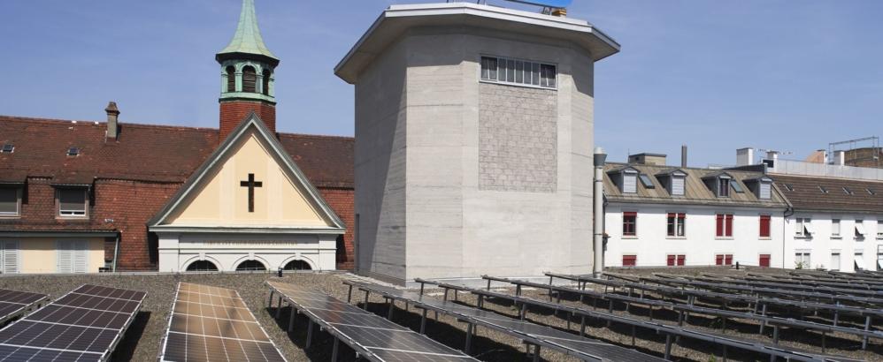 Foto: Dominic Büttner; Photovoltaikanlage und Sandsilo
