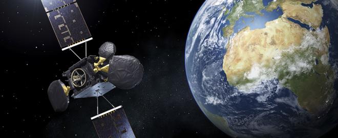 Foto: ESA; Das EDRS genannt nutzt innovative Lasertechnologie, um die Zeit, die ein Erdbeobachtungssatellit benötigt, um Informationen zur Erde zu liefern, zu verkürzen.