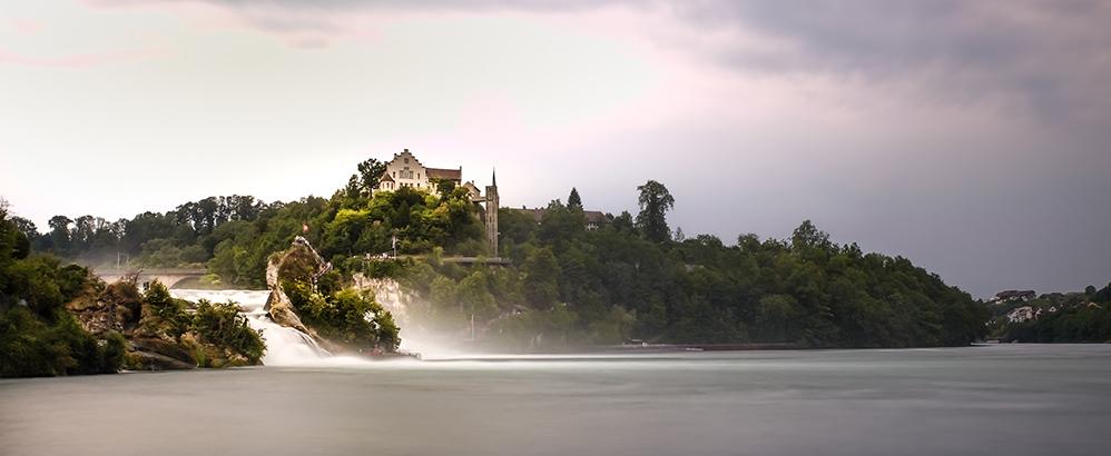 Bild: R. Halfpaap/Flickr, Creative Commons; Jaisli-Xamax erhält Auftrag im Schloss Laufen.