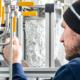 Bild: Moritz Leg; In dieser Versuchsanlage soll ein neuer Prozess zur Reduktion von CO2 in der Atmosphäre erprobt werden.