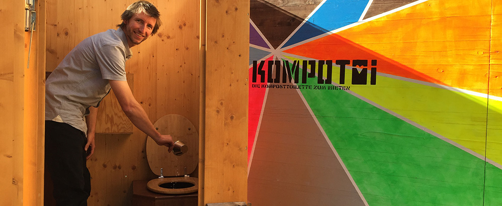 Bild: Kompotoi/Cathia Corti; Kompotoi-Toiletten können nun auch von St.Gallen und Lausanne aus gemietet werden.
