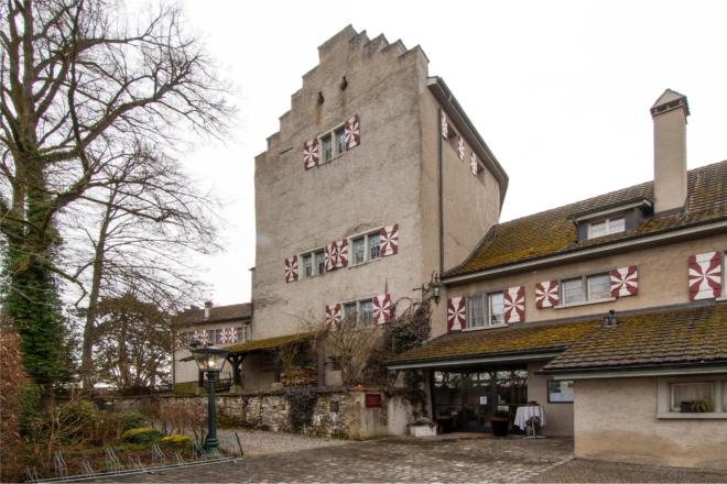 Bild: zVg; Ansicht Schloss Schwandegg