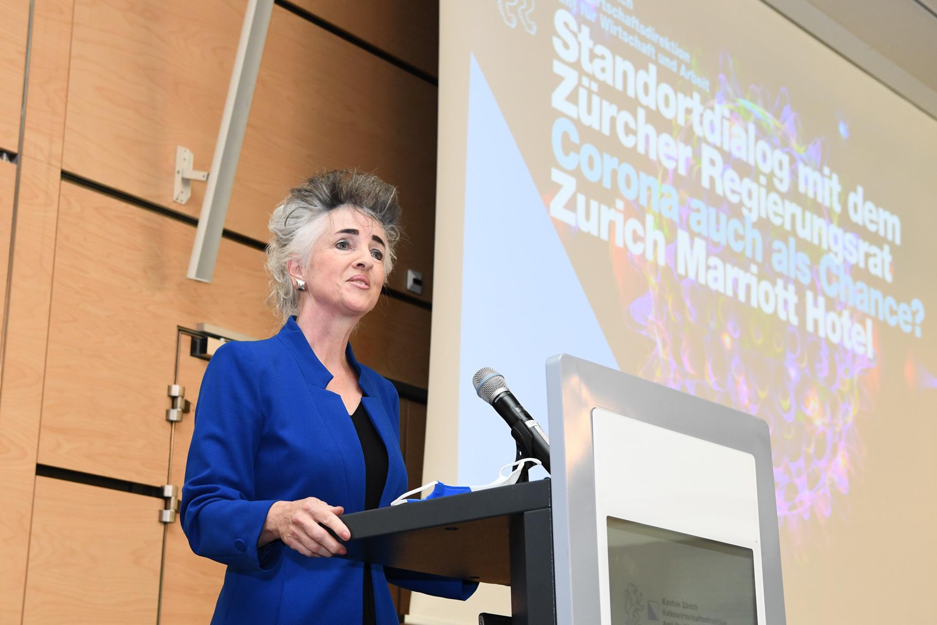 Bild: Andreas Bucher; Vortrag von Regierugnsrätin Carmen Walker Späh am Standortdialog