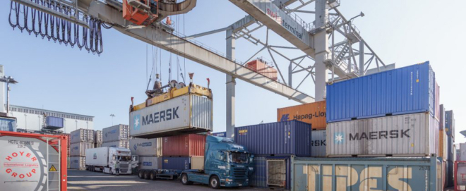 Bild: Patrik Walde/Schweizerische Rheinhäfen; Die Schweizer Exporte haben im zweiten Quartal markant zugelegt, dürften aber im dritten Quartal wieder einbrechen.