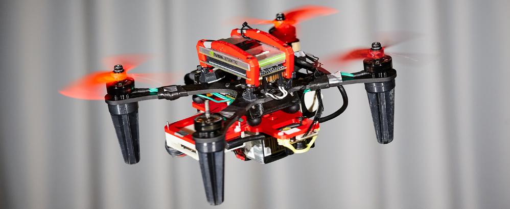 Bild: Universität Zürich; Zu den Ausgründungen der Universität Zürich gehörte 2020 auch SUIND. Das Jungunternehmen bietet Drohnenherstellern massgeschneiderte Software.
