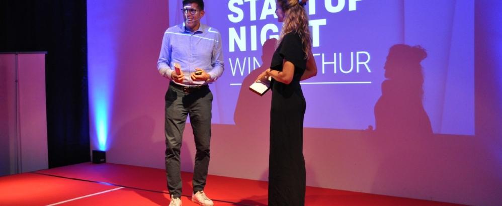 Bild: Entrepreneur Club Winterthur; Speaker Beni Huggel und Moderatorin Rachel Fassbind an der Startup Night 2020.
