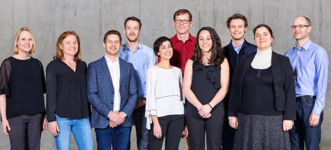 Bild: zVg/Venture Kick; Das Team von LifeMatrix freut sich über den Sieg bei Venture Kick.