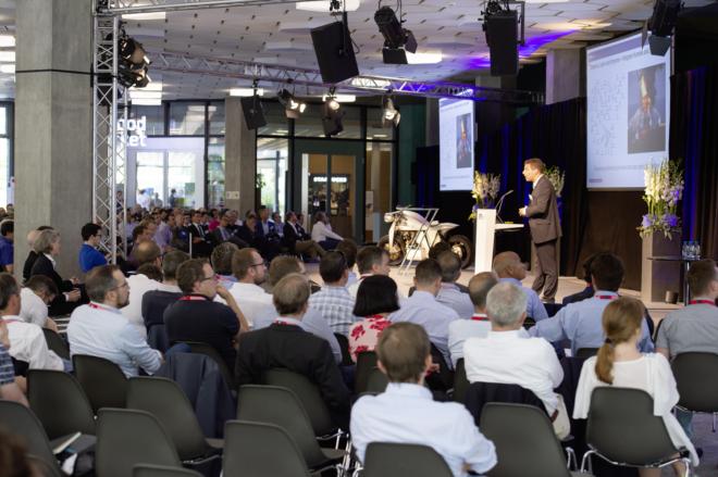 Bild: ETH Zürich, Oliver Bartenschlager; ETH Professoren präsentieren neue Forschungsprojekte am Industry Day